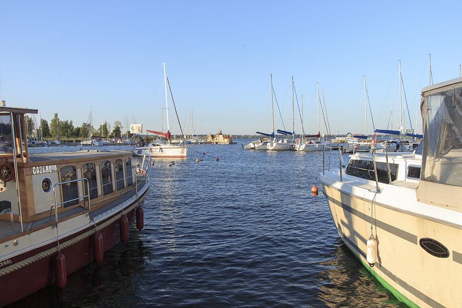 In Masuren ist das Wetter herrlich! Jetzt ist die Zeit für Schnäppchenjäger! Es gibt Lastminute-Rabatte für Hausboote in Polen in Masuren bei MasurenRad.de
