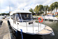 Hausboot-Campio-in-Masuren-Hausboot-Ferien-Masuren,-Hausboot-Urlaub-Masuren