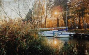 Die letzten Boote im Hafen in Masuren