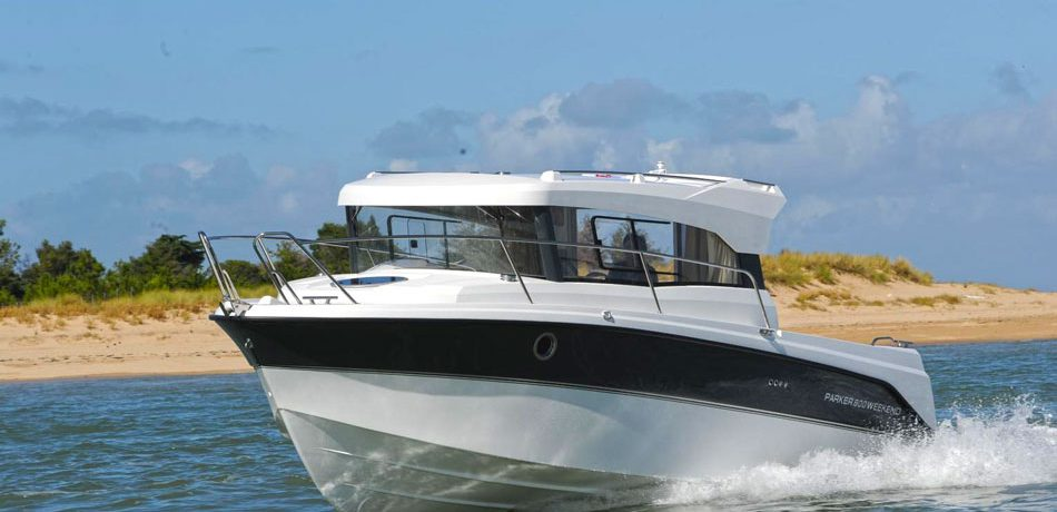 Schnelle Motoryacht in Masuren 2019
